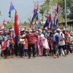 بالصور  تصاعد الاحتجاجات في ميانمار وإغلاق المحال والشركات