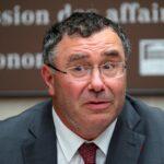 مدير توتال يتوقع تراجع الطلب على البنزين من 2030