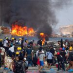 ميانمار.. فرار الآلاف من منطقة صناعية وسط مخاوف من إراقة المزيد من الدماء
