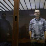 روسيا.. النيابة العامة تطالب بتصنيف مجموعات تابعة لنافالني بأنها متطرفة