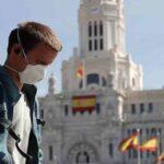 الحرية أخيرا.. الإسبان يحتفلون برفع حظر التجول في الحرب على كوفيد-19