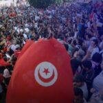 تونس.. تصاعد الإضرابات والاحتجاجات على وقع الأزمة السياسية