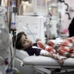 غزة.. نقص الأدوية والحصار الإسرائيلي يهددان حياة الأطفال من مرضى الكلى