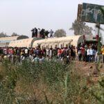 صور| إصابة 97 شخصا في حادث انقلاب عربات قطار في مصر