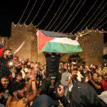 مئات الفلسطينيين يحتشدون مجددًا في القدس المحتلة