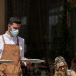 إيطاليا: 8444 إصابة كورونا جديدة و301 وفاة إضافية