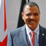 رئيس النيجر الجديد يتعهد بتحسين التعليم والأمن