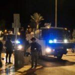 قوات الاحتلال تعتدي على الفلسطينيين في باب العامود
