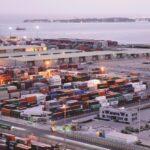 السعودية: استئناف الملاحة بميناء جدة بعد تراجع سرعة الرياح