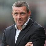 استقالة مدرب منتخب إنجلترا لكرة القدم تحت 21 عاما