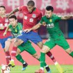 السلطات الصينية تسمح بحضور 1500 مشجع في انطلاق الدوري