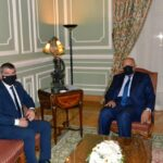 شكري يدعو بعد لقاء وزير خارجية إسرائيل لوقف التصعيد