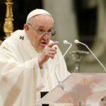 الفاتيكان: تعافي البابا بعد جراحة مستمر بشكل طبيعي