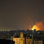 أكثر من 40 غارة إسرائيلية على المنطقة الوسطى بغزة والفصائل ترد