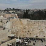 الاحتلال يخلي منطقة حائط البراق عقب مواجهات القدس