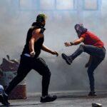 شهيد جديد وعشرات المصابين في مواجهات مع الاحتلال بأنحاء الضفة الغربية
