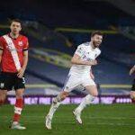ليدز يتخطى عقبة ساوثهامبتون في الدوري الإنجليزي