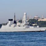 روسيا تطارد مدمرة بريطانية في البحر الأسود