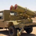 المرصد السوري: ميليشيا موالية لإيران تصنع راجمات صواريخ غرب الفرات