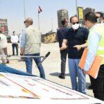 مصر.. «السيسي» يتابع مع المهندسين تطوير طرق القاهرة الكبرى