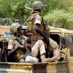 مقتل ثلاثة جنود وعشرات الإرهابيين في شمال بوركينا فاسو