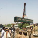 ارتفاع ضحايا حادث تصادم قطارين في باكستان إلى 56 قتيلا