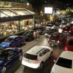 ترقب في لبنان لقرار حكومي بشأن أسعار المحروقات