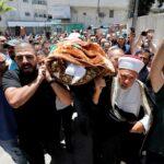 غضب فلسطيني في تشييع جثمان الناشط نزار بنات