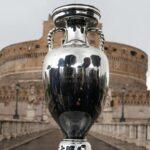 انطلاق بطولة أوروبا المؤجلة بعرض مبهر للألعاب النارية والبالونات