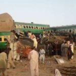 باكستان: ارتفاع حصيلة ضحايا حادث القطار إلى 45 قتيلا