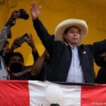 اليساري كاستيلو يتأهب لإعلان فوزه برئاسة لبيرو