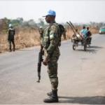 فرنسا تعلق المساعدات والدعم العسكري لأفريقيا الوسطى