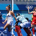 إسبانيا ونيوزيلندا تتأهلان لدور الثمانية في هوكي السيدات
