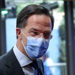 رئيس وزراء هولندا يعتذر عن تخفيف قيود كورونا مع ارتفاع الإصابات