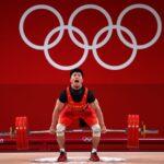 الصيني لي يحرز ذهبية وزن 61 كيلوجراما في رفع الأثقال