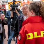 الرئيس الألماني في منطقة كارثة الفيضانات.. ويشكر المسعفين