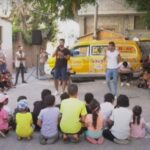 «باص السعادة» يبث الفرحة في نفوس أطفال قطاع غزة
