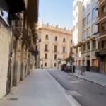 شاب إسباني يركب آلة الزمن ويثير الجدل على مواقع التواصل