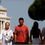 إيطاليا تسجل 932 إصابة جديدة بكورونا و22 وفاة