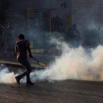 مواجهات عنيفة بين قوات الأمن ومحتجين في محيط البرلمان اللبناني
