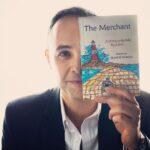 كاتب مصري يهدي روايته الأولى إلى ملكة بريطانيا