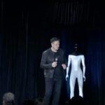 تسلا ستطلق نموذجا أوليا لروبوت يشبه البشر