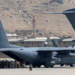 وفاة لاعب كرة قدم أفغاني بعد سقوطه من طائرة