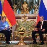 ميركل تدعو لمواصلة الحوار بين ألمانيا وروسيا رغم الخلافات