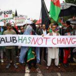 وقفة احتجاجية أمام مجلس وزراء بريطانيا بشأن الأزمة الأفغانية