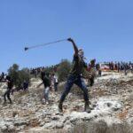 لجنة المتابعة للفصائل تدعو لتوسيع مساحة الاشتباك مع الاحتلال ومستوطنيه