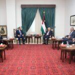 الرئيس الفلسطيني يلتقي رئيس جهاز المخابرات المصرية