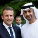 محمد بن زايد وماكرون يبحثان هاتفياً العلاقات الثنائية والتطورات في المنطقة