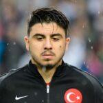 واتفورد يتعاقد مع لاعب خط الوسط التركي أوزان توفان