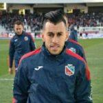 شباب بلوزداد الجزائري يمدد عقد لاعبه العربي ثابتي لموسم إضافي
